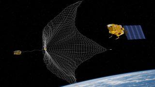 Wurfzelte können im Weltall Satelliten einfangen