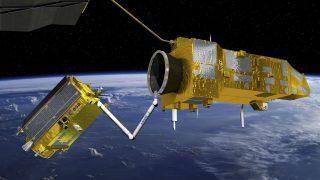 ClearSpace-1 soll Weltraumschrott in die Atmosphäre ziehen