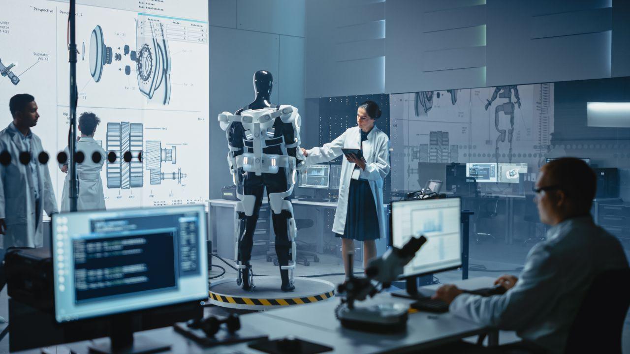 Medizin 4.0 - autonome Exoskelette, ferngesteuerte OPs und intelligente Implantate