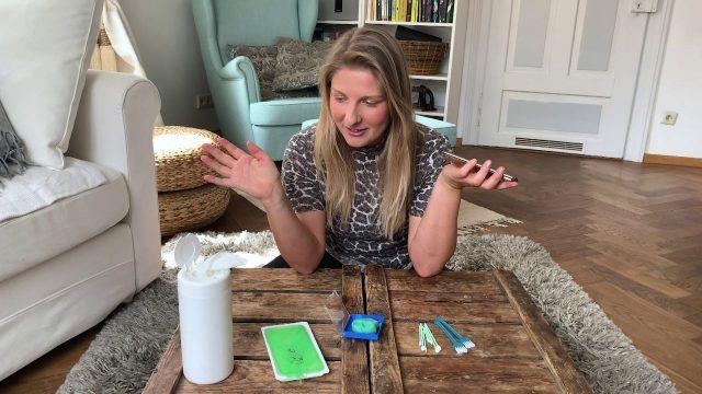 Smartphone dreckig? 4 Gadgets, die helfen