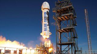 Die NewShepard-Rakete beim Start