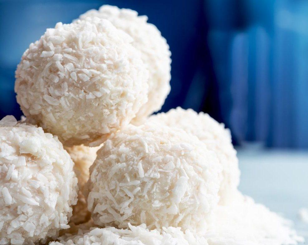Gesunde Süßigkeiten selber machen: Kokoskugeln, Gummibären und mehr