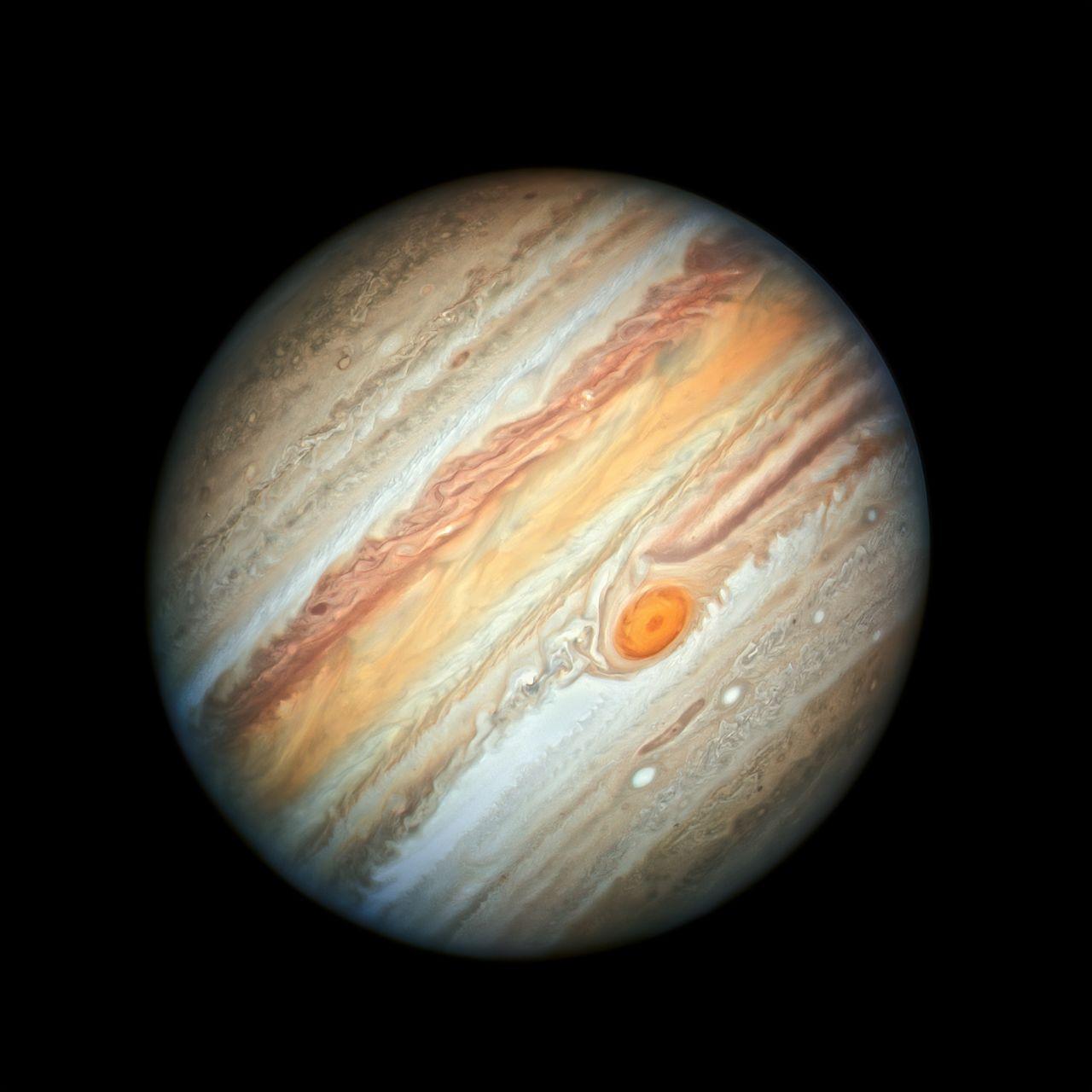 Jupiter Hubble