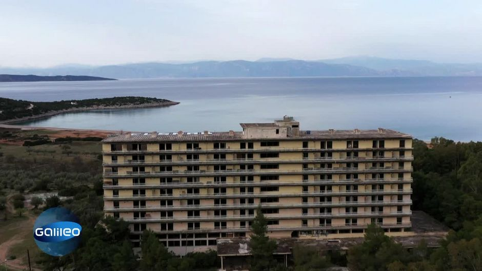 Zu viel FKK: Wie ein Bischof das Saladi Beach Hotel zur Ruine machte