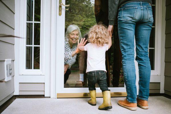 corona großeltern besuchen