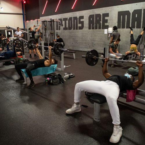 Nach der Corona-Pause wieder geöffnet: Ein Fitnessstudio in NRW.