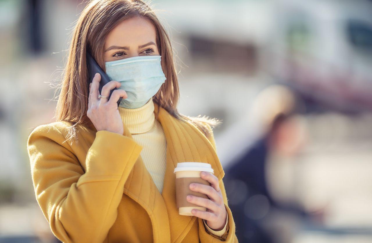 Wie oft und lang kann man Einweg-Masken tragen?