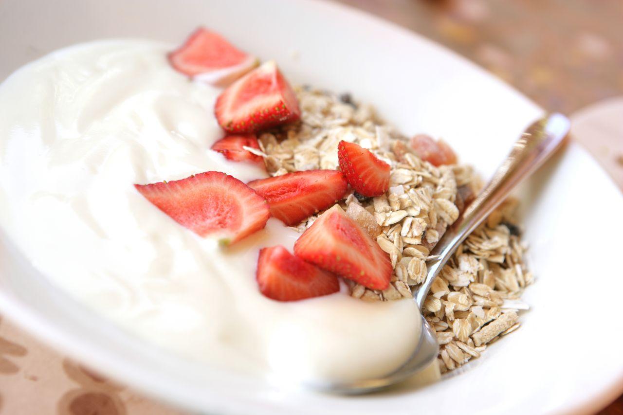 Erdbeeren zu Joghurt
