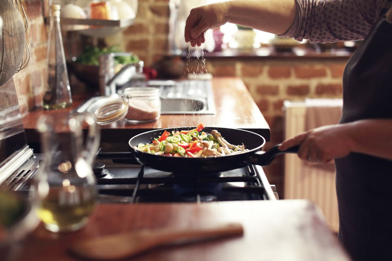 Paprikapulver kann beliebig angewendet werden. Passt wunderbar zu Fleisch und Gemüse.