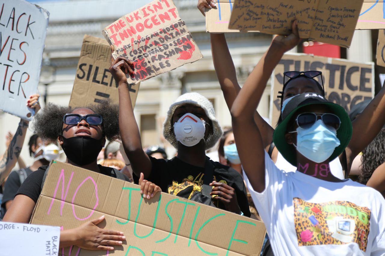 Londoner protestieren gegen Polizeigewalt