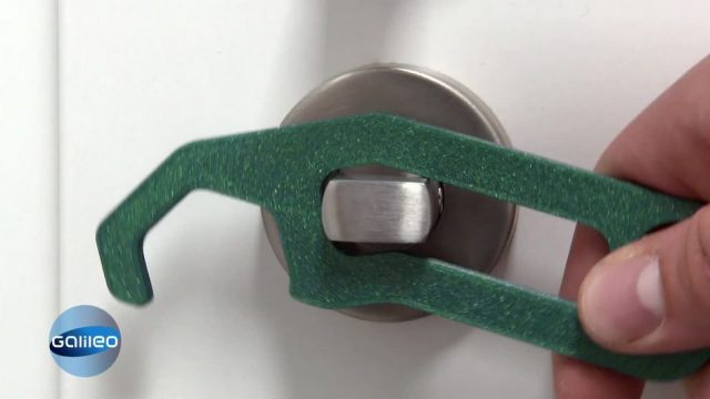 Hilfreiche Corona-Gadgets: Porz Hook