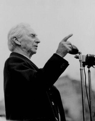 Bertrand Russell Mathe Gefängnis