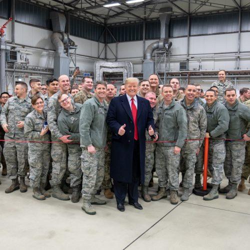 Donald Trump zu Besuch bei US-Truppen in Deutschland