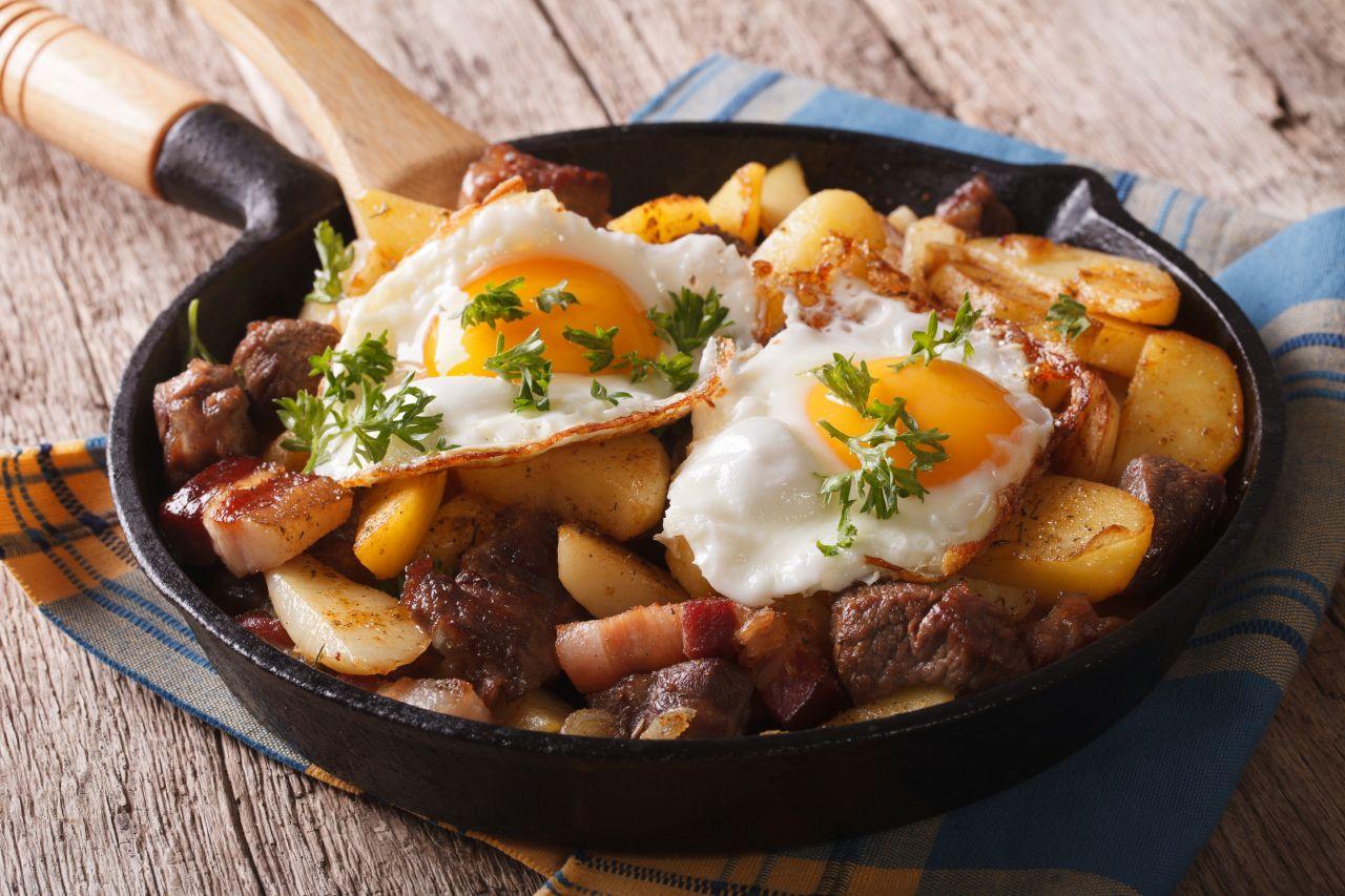Spiegeleier mit Kartoffeln