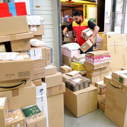 Online-Shopping Paketdienst