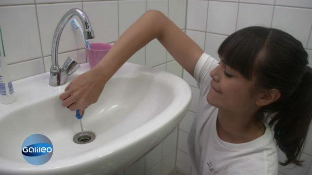 Mit Internet-Tutorials das Bad reparieren: Geht das wirklich?