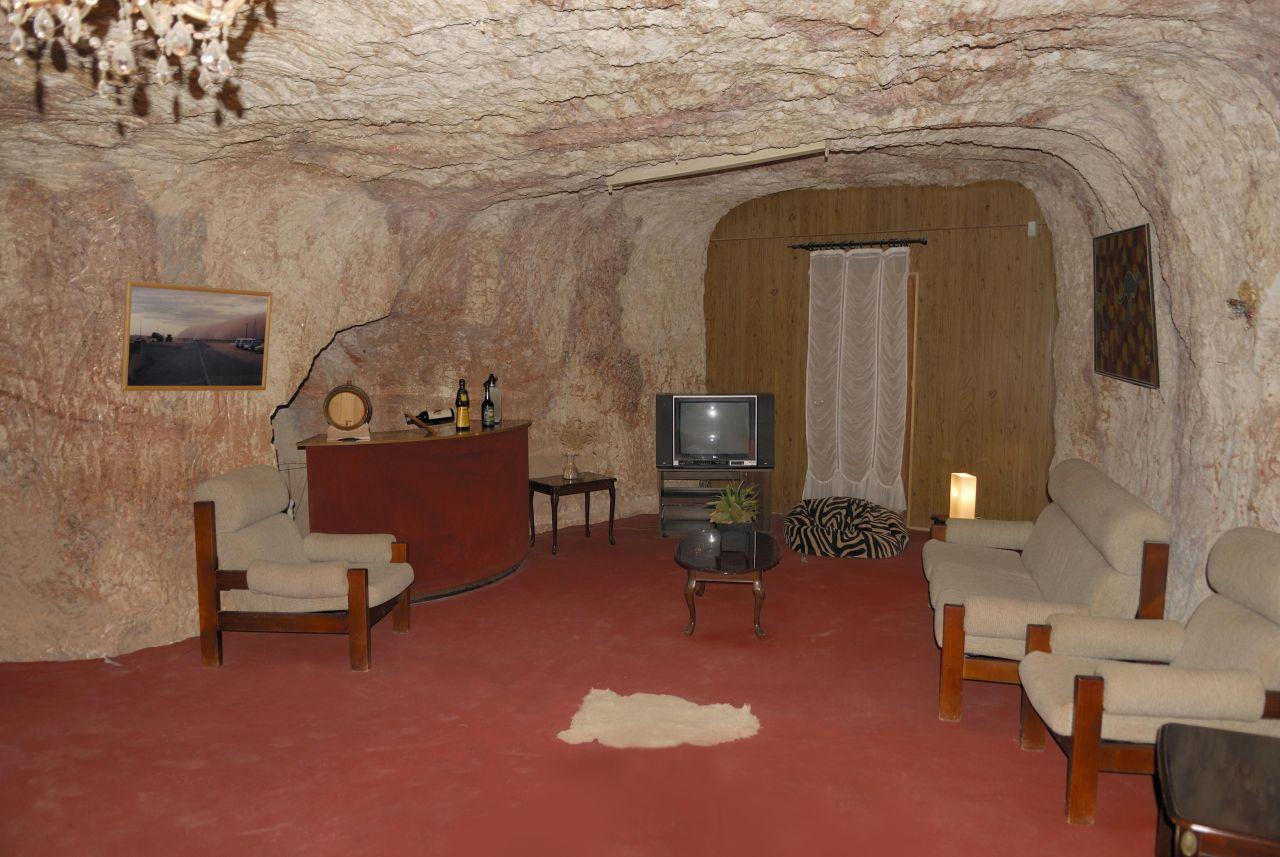 In Australien leben viele Minenarbeiter seit 1915 in den unterirdischen Wohnungen von Coober Pedy.