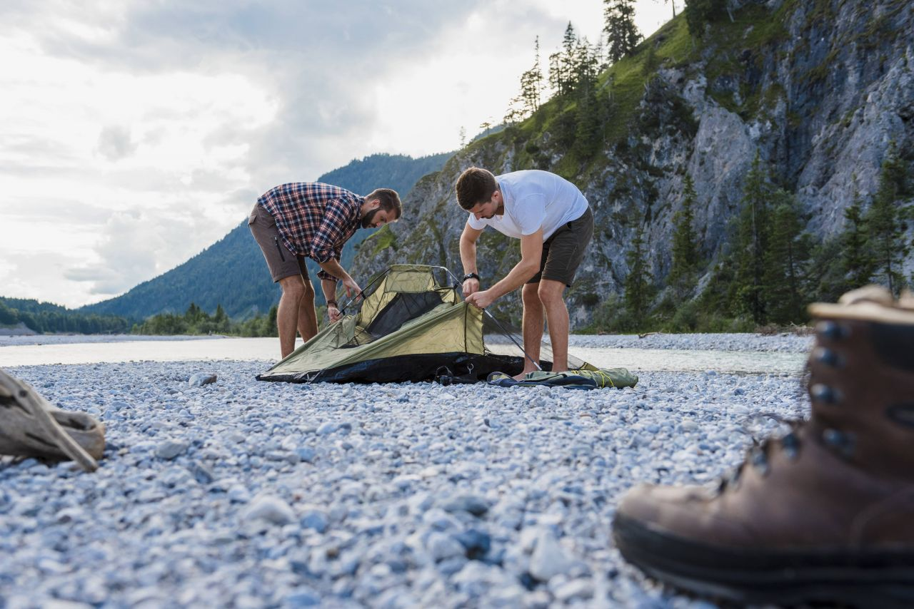 Camping mal anders: Von Luxushütten, fremden Gärten bis Bulli-Touren