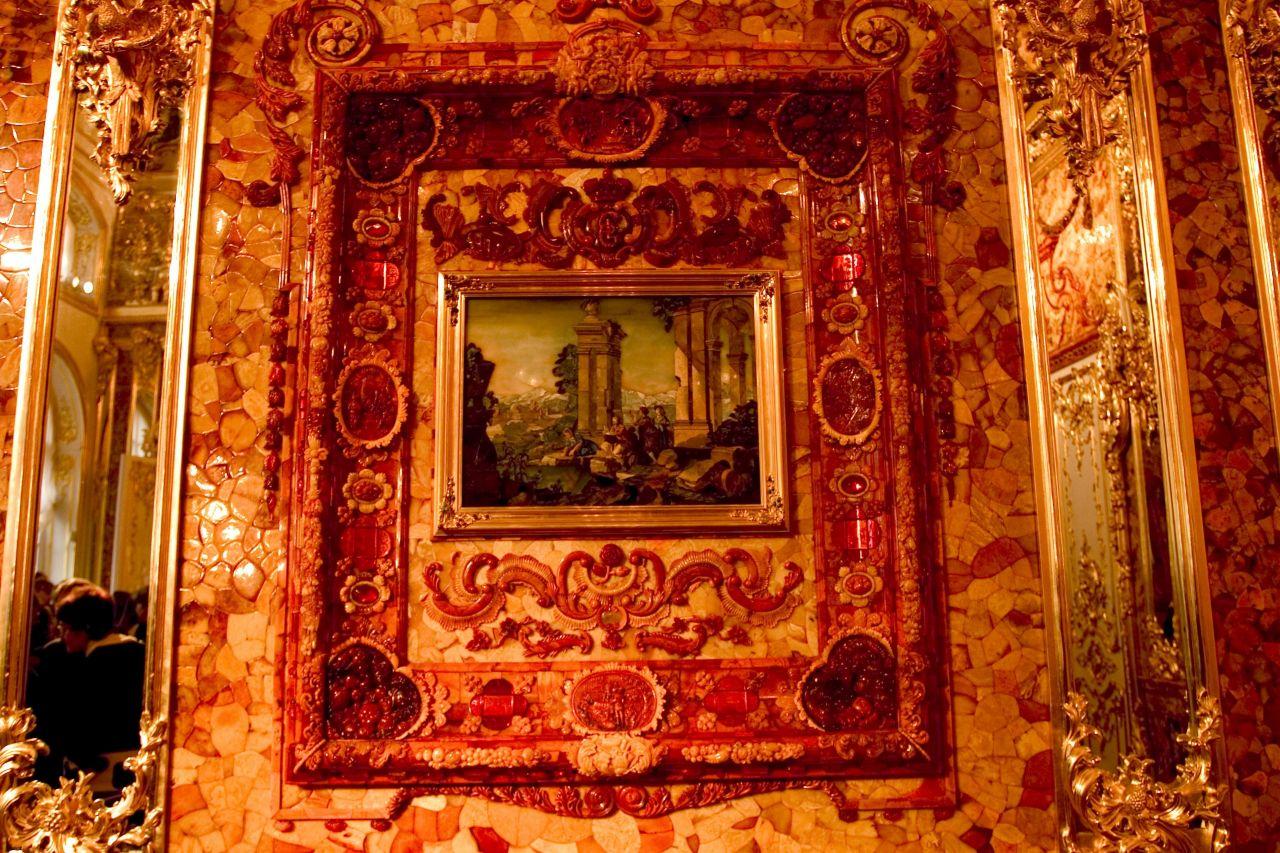 Das Bernsteinzimmer im Katharinenpalast Sankt Petersburg.