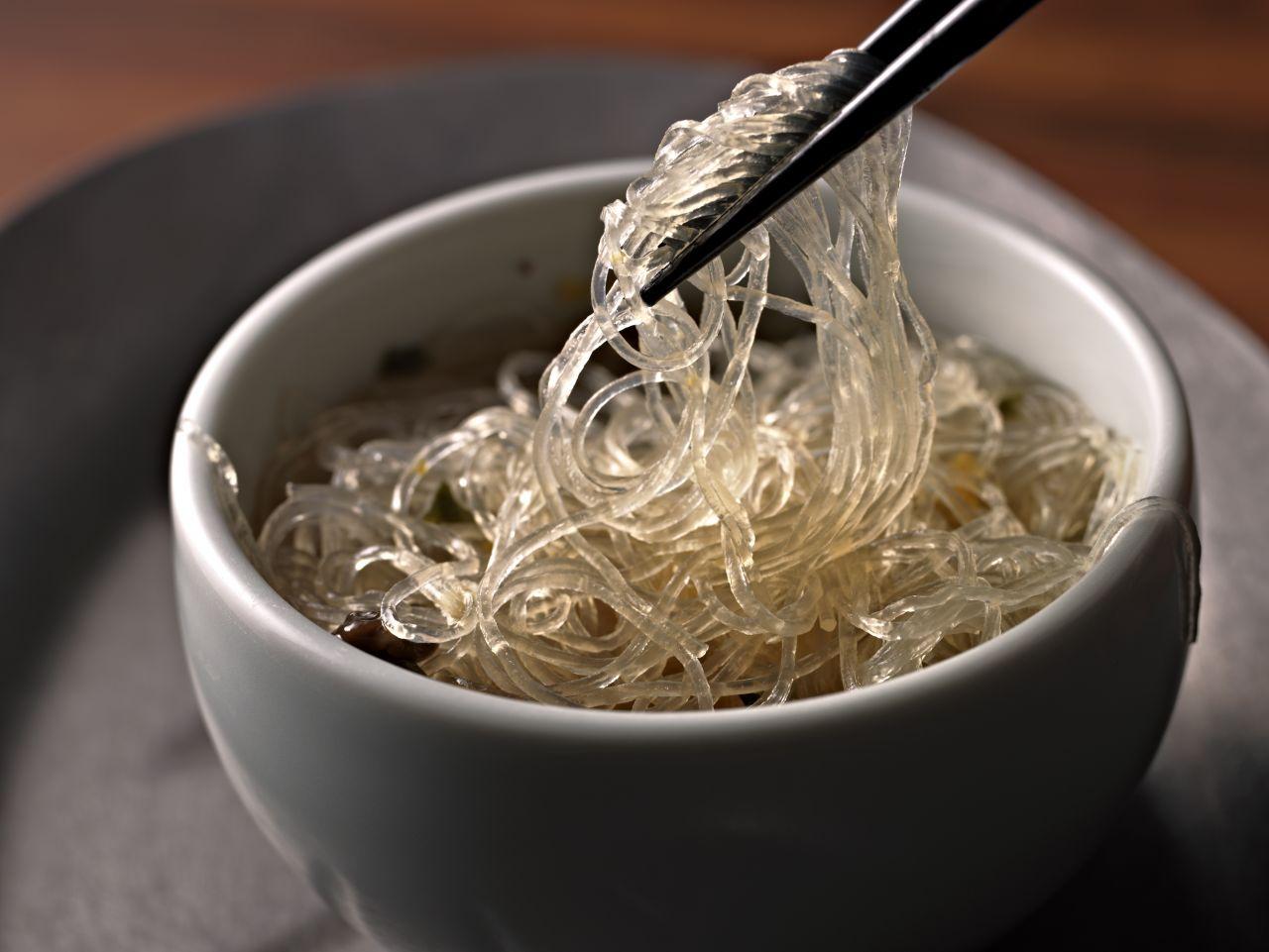 Glasnudeln gelten als Beilage in der ostasiatischen Küche.