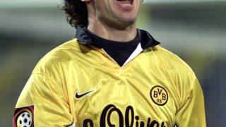 Alfred Nijhuis jubelt bei einem Fußballspiel in der 1990-er Jahren