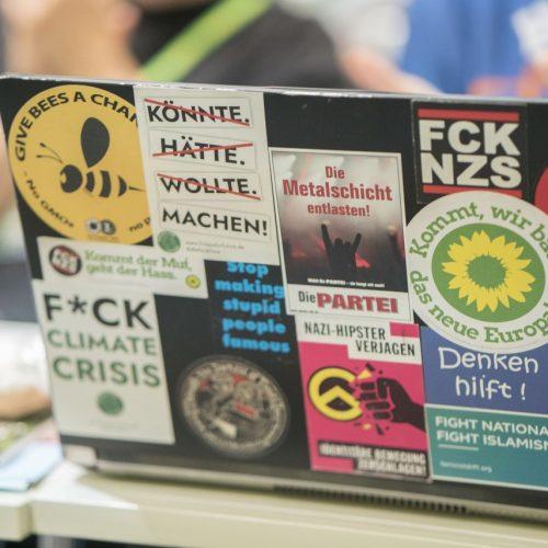 Online Aktivismus imago images ecomediarobert fishman