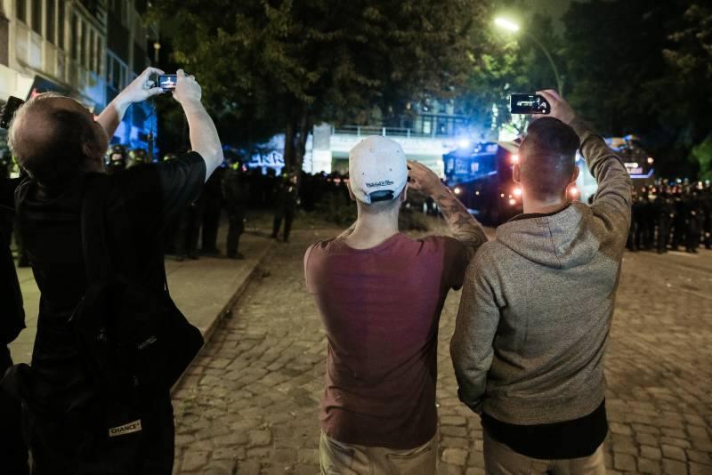 Einen Polizeieinsatz filmen -ist das erlaubt?