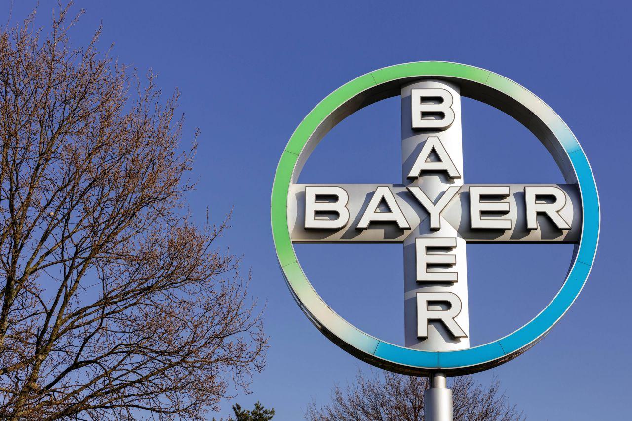 BlackRock ist mit 7,17% an der Bayer AG beteiligt.