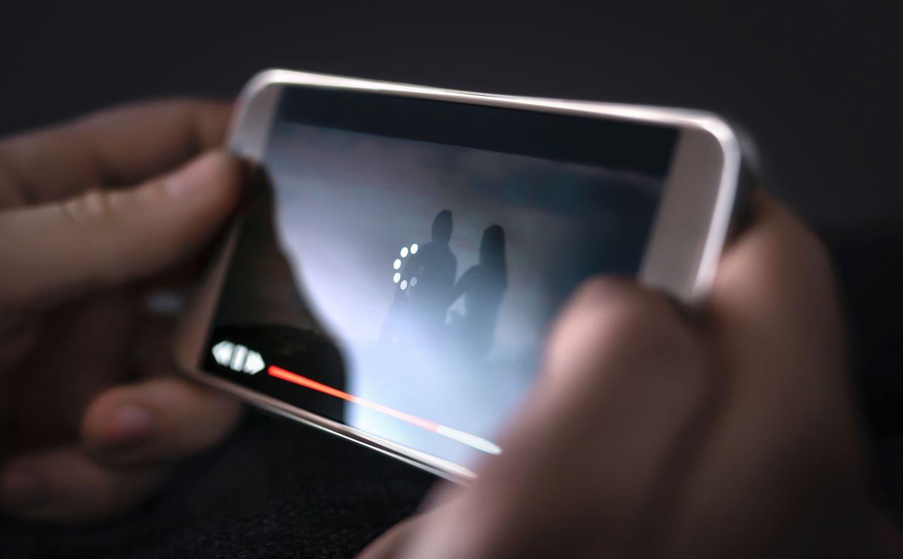 Britische Forscher haben einen neuen Weltrekord für Datenübertragung im Internet aufgestellt.