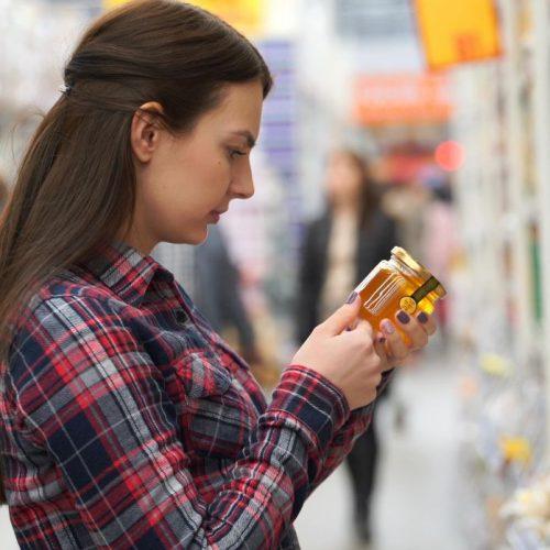 Lebesnmittelbetrug bei Honig, Kaffee und Co. ist keine Seltenheit.
