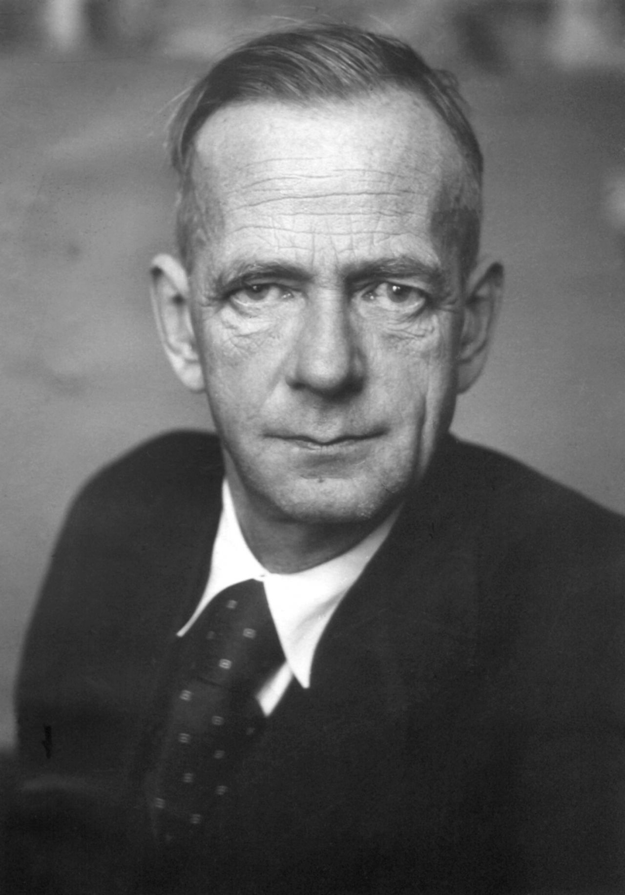 Kurt Schumacher war der 1. SPD-Vorsitzende nach dem 2. Weltkrieg.