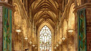 Die St. Giles Cathedral ist eine der bedeutendsten Sehenswürdigkeiten in Edinburgh.