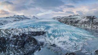 Der Vatnajökull Gletscher befindet sich in Island und ist der größte Gletscher Europas.