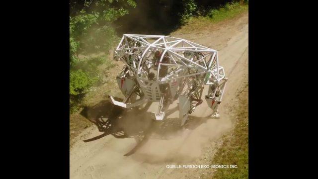 Clips der Woche: Roboter-Rennen, Corona-Heli und die verkleidete Statue - 10s