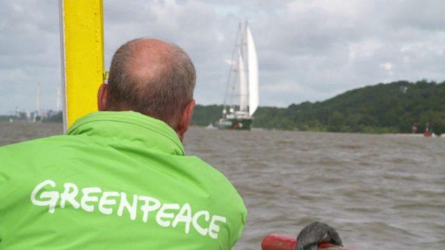 Greenpeace: Wir fragen einen Aktivisten - 10s
