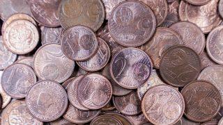 Viele Euro-Münzen auf einem Haufen