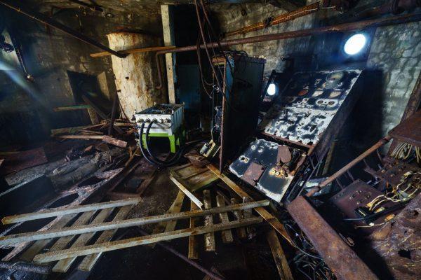 Die alten Navigationsgeräte im Aniva Leuchtturm