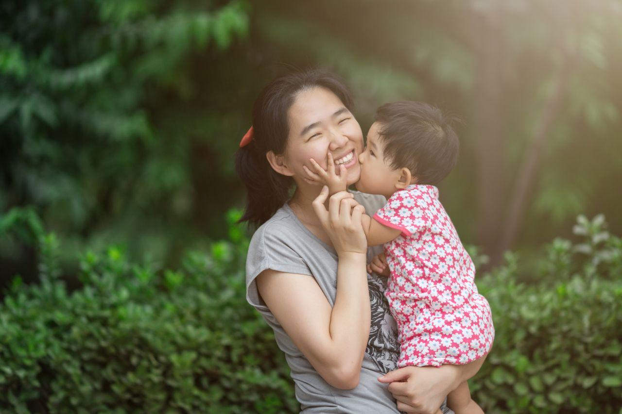 Mutter und Tochter in China