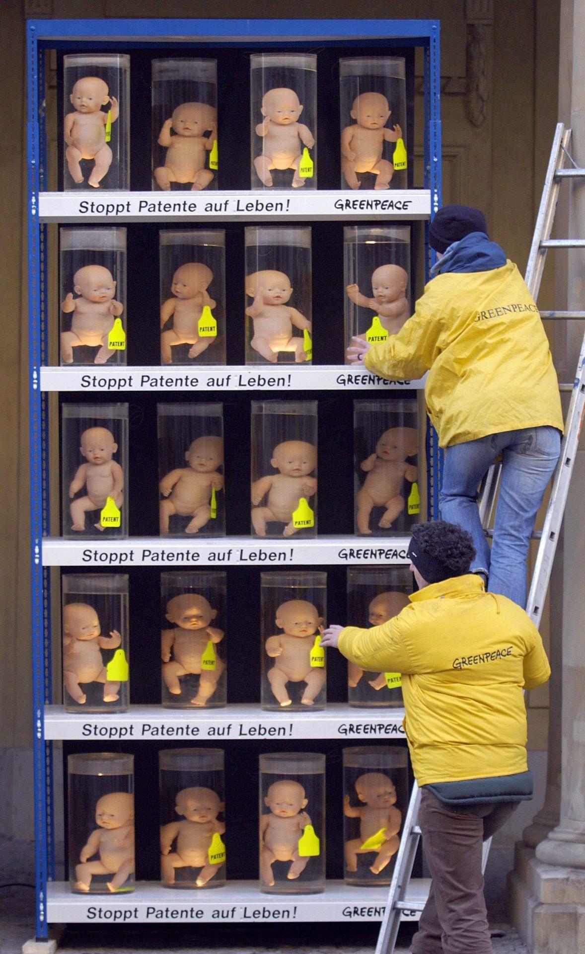 Protestaktion gegen das Klonen von Menschen