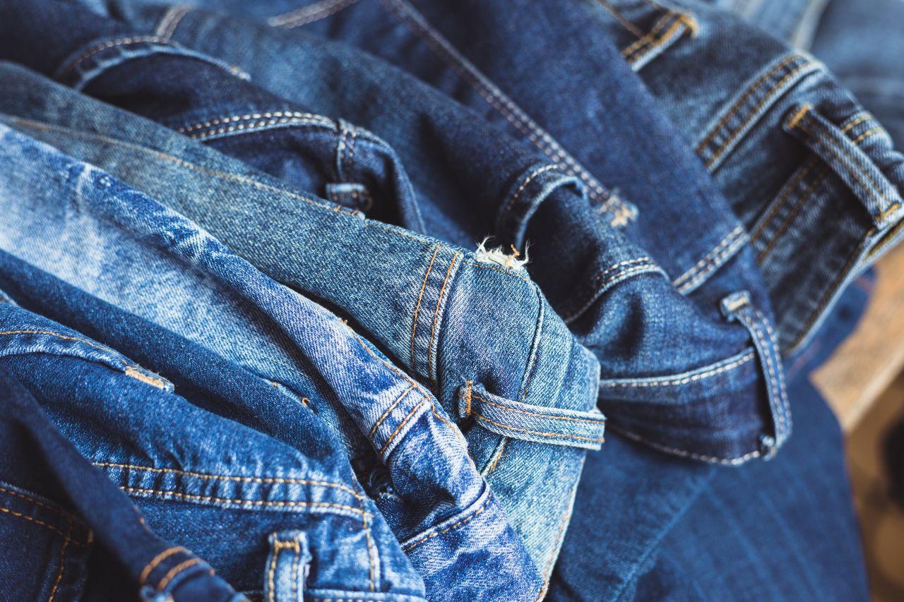 Du trägst Jeans? Dann stehst du vielleicht mit einem Bein im Knast