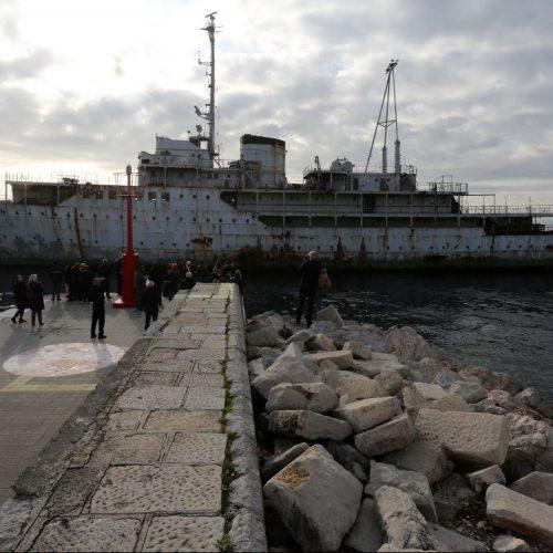 """Früher war hier viel los, heute ist die Yacht Galeb ein Lost Place. Nicht der einzige """"verlorene Ort"""" in Kroatien."""