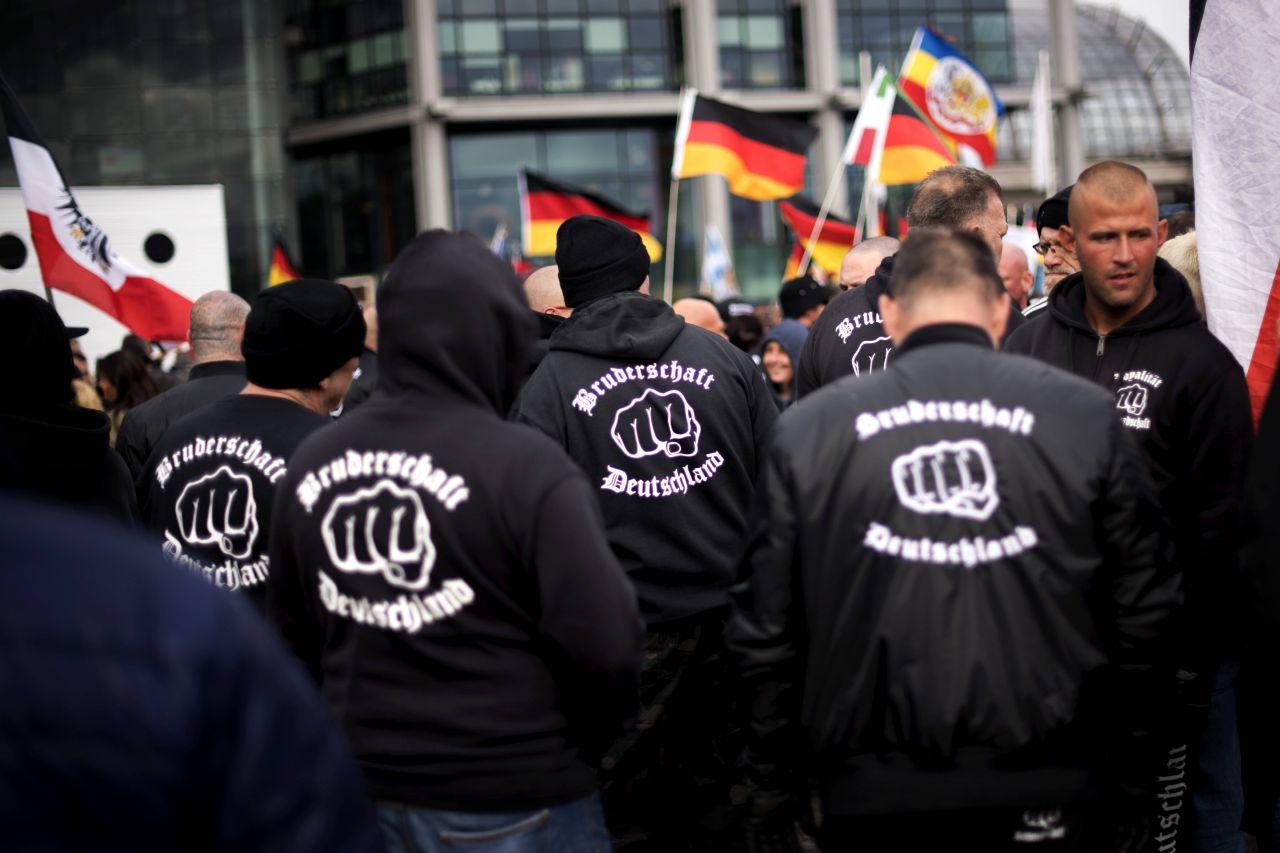 Rechtsextreme in Deutschland: Wer da alles mitmarschiert