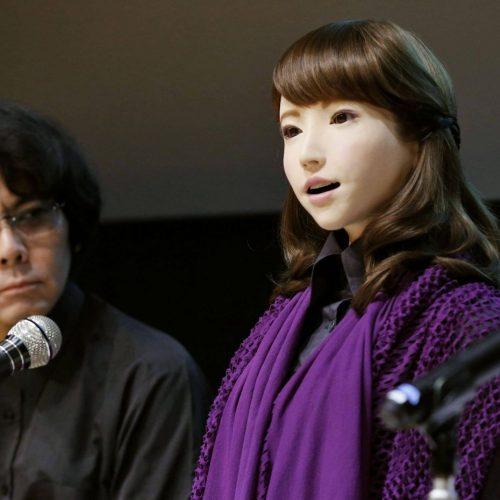 Roboter Erica soll Film-Star werden. Was sie jetzt schon alles kann.