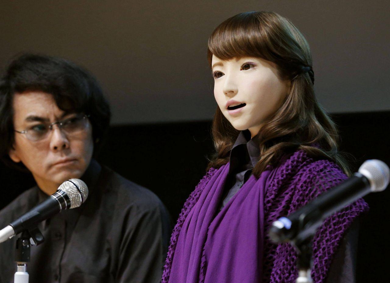 Roboter Erica wird mit KI-Filmstar