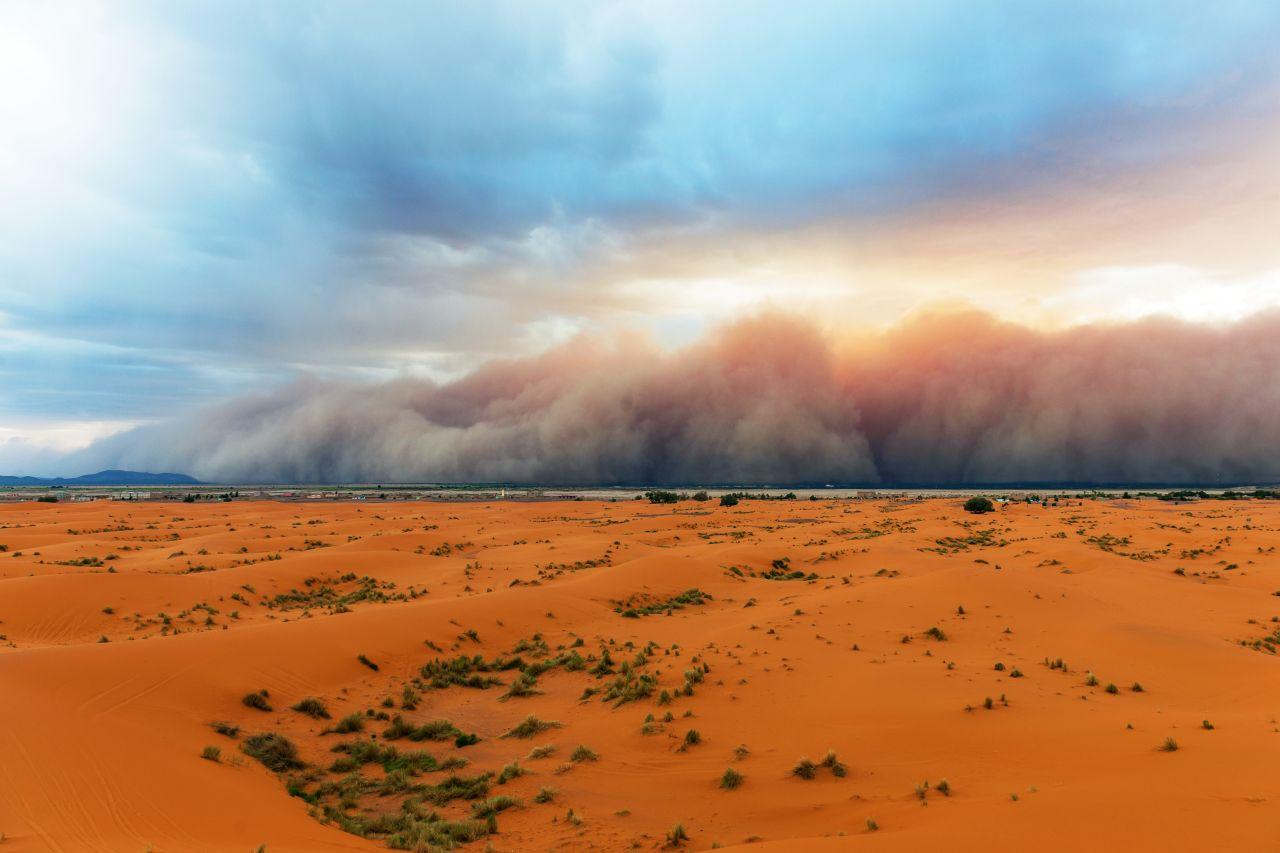 Sahrastaub sorgt für Blutregen