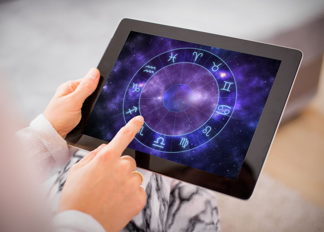 Sternzeichen auf Tablet
