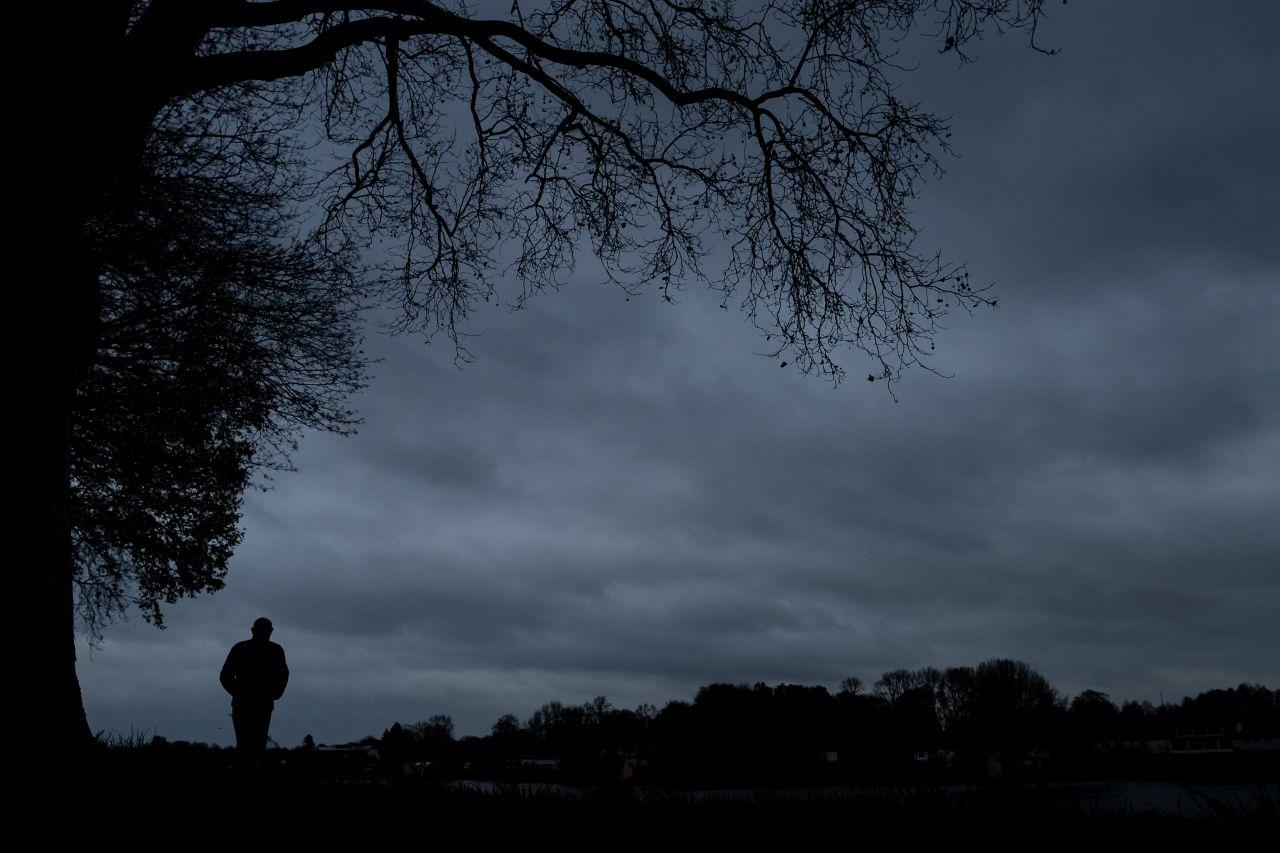 Es wird dunkel draußen, der Winter kommt.