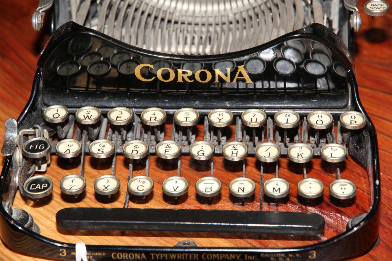 Schreibmaschine Corona