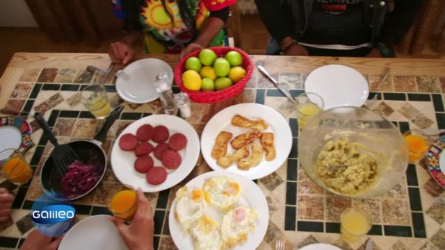 Frühstück in Sri Lanka, Spanien und der Dominikanischen Republik