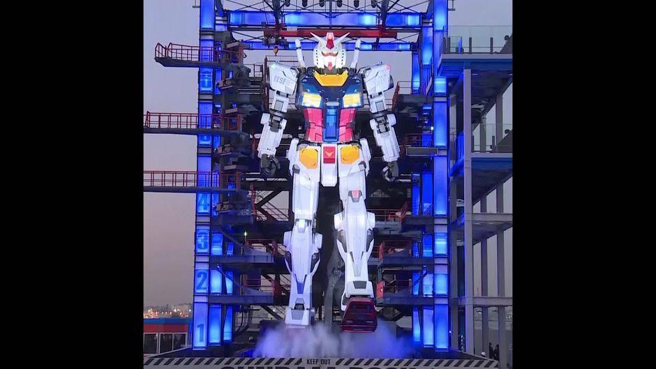 Japanischer Rieseroboter Gundam - 10s